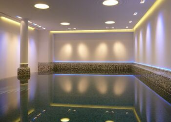Indoor Pool in Privathaus